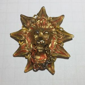 Vintage gold lion sun & chain enamel brooch pin